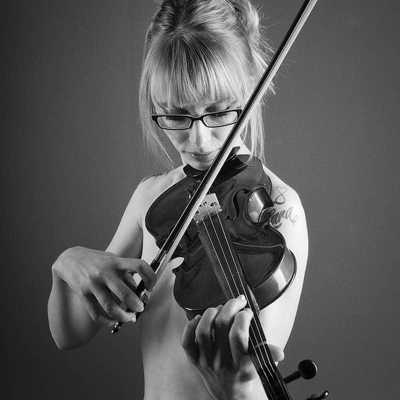 feat-caro-violine